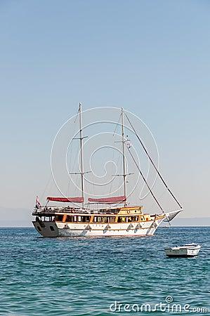 Ship on the sea (horizontal)