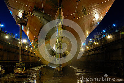 Shipbuilding in a dry dock