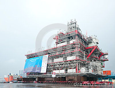 Shipment of oil rig module from Thailand to Norway Editorial Photography