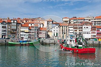 Ships in Lekeitio