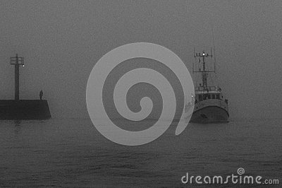 Ships in port (fog)