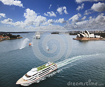 Ships Sy Harbour Voyager Editorial Stock Image