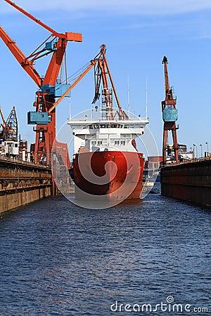 Free Shipyard Royalty Free Stock Images - 2736739