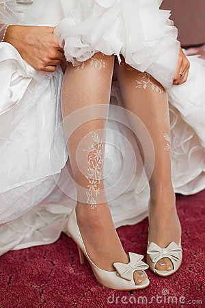 Shoe of the bride and stockings