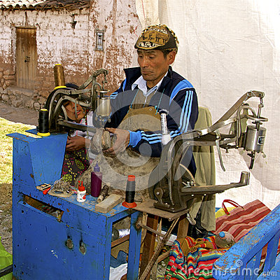 Free Shoe Repairman,  Peru Royalty Free Stock Photography - 71443237