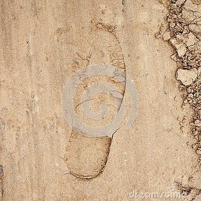Free Shoe Step Left In The Sand Stock Photos - 46372643