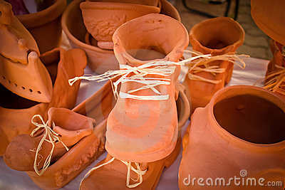 Shoes made ​​of clay