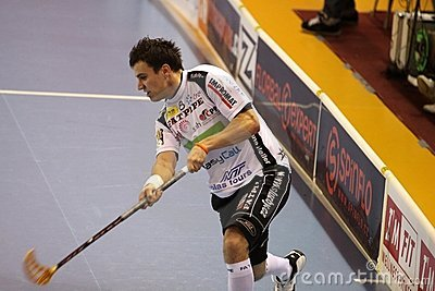 Shooting Zdenek Zak - jugador del floorball Imagen editorial