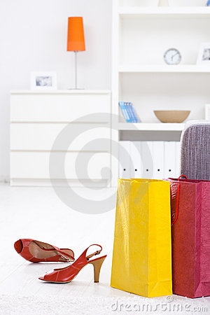 Free Shopping Bags And Shoe Royalty Free Stock Photography - 10709367