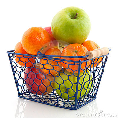 Free Shopping Basket With Fruit Stock Photography - 12165952