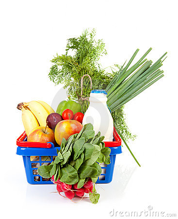Free Shopping Basket With Grocery Royalty Free Stock Images - 16026799