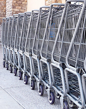 Free Shopping Carts Royalty Free Stock Photography - 16673847