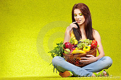Shopping for fruits & veggies