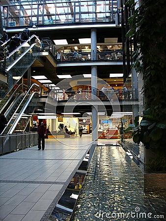 Free Shopping Mall Royalty Free Stock Image - 654536