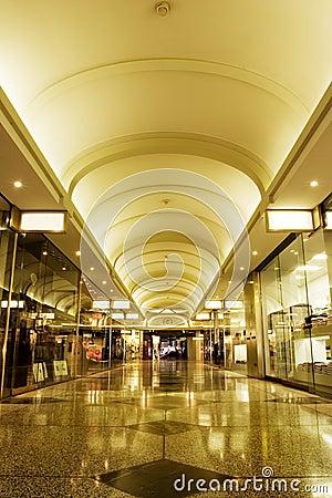 Free Shopping Mall Interior Royalty Free Stock Photo - 4407095