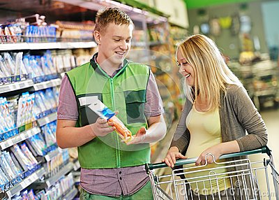 Shopping in supermarket royalty free stock image image for Assistant cuisine