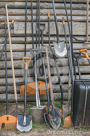 Free Shovel And Rake Stock Photo - 41840380