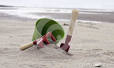 Shovel and bucket on the beach