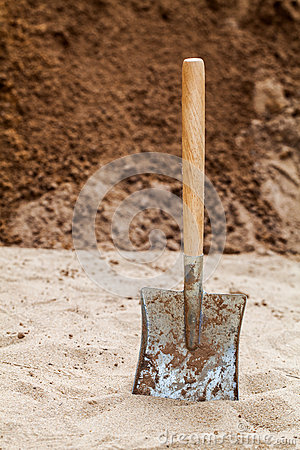Shovel on the ground