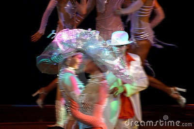 Show dancers.