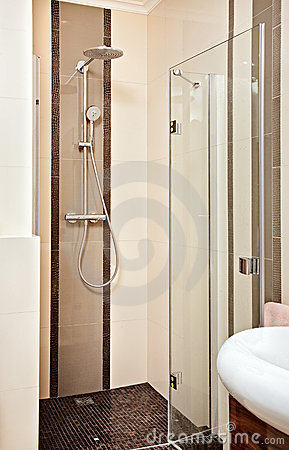Shower-cubicle in beige tones