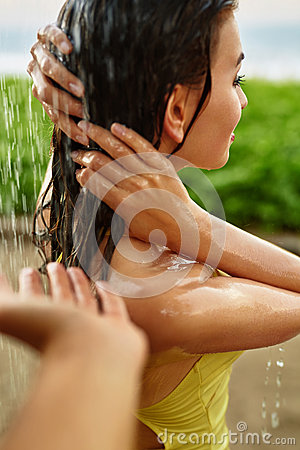 Free Shower On Beach. Closeup Woman Washing Hair At Pool Shower. Royalty Free Stock Photography - 71271917