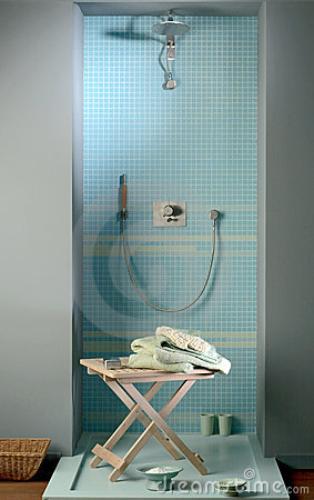 Free Shower Place Royalty Free Stock Photo - 4382085