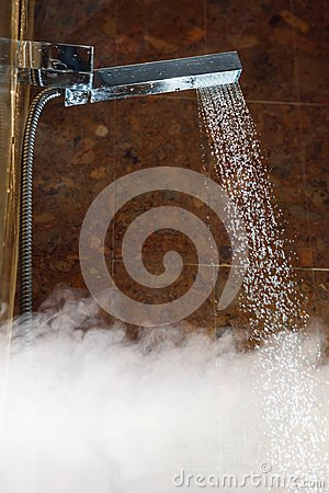 Free Shower With Water Stream And Hot Steam Royalty Free Stock Photo - 113690855