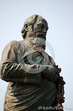 Shri Vithalbhai J Patel statue