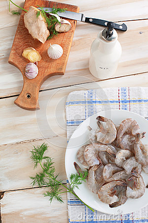 Shrimp for cooking with garlic and ginger