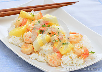 Shrimp and pineapple stirfry