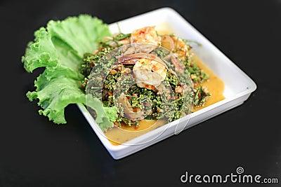 Shrimp salad with fresh vegetables