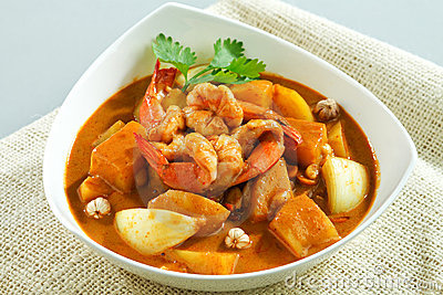 Shrimps in concentrated curry