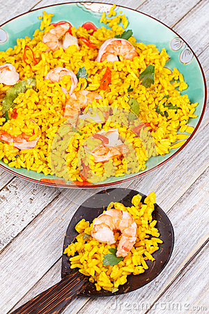 Free Shrimps Risotto Garnished With Fresh Parsley And Red Chili Pepper Stock Photography - 48851362