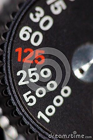 Shutter speed knob