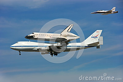 Shuttle Endeavour ends its flying days Editorial Stock Photo