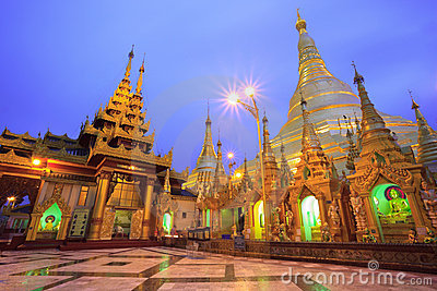 Shwedagon pagoda at sunrise,Bagan, Myanmar