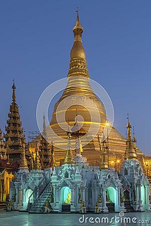 Free Shwedagon Pagoda - Yangon - Myanmar (Burma) Royalty Free Stock Photo - 29446505
