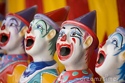 Sideshow clowns
