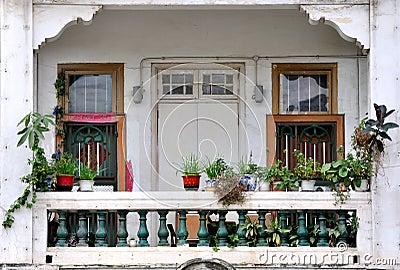Siedziba balkon w południe porcelana