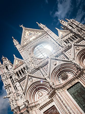 Free Siena Cathedral Royalty Free Stock Photo - 27623005