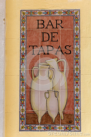 Free Sign Tapas In A Spanish Bar Stock Images - 30731504