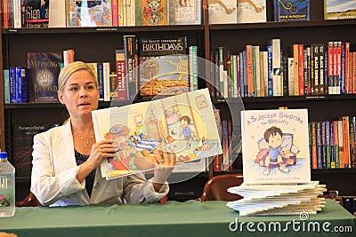 Signature de livre de Cora de chat de chef de fer Image stock éditorial