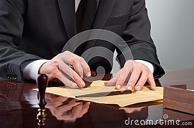 Signing testament