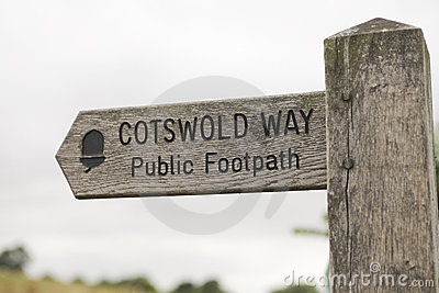 Signpost cotswold way