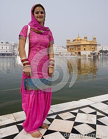 Sikh Woman - Golden Temple - Amritsar - India