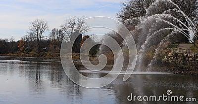 sikt för 4K UltraHD av Thames River i London, Kanada arkivfilmer