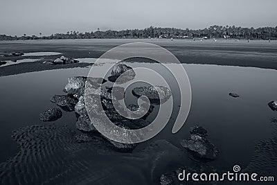 Silent rocks