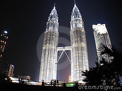 Silhouete of a couple, KLCC Twin Towers