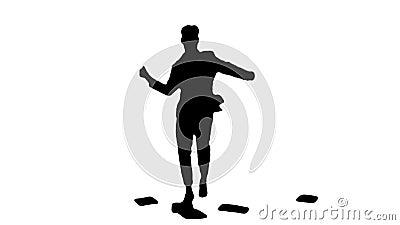Silhouette Businessman jogando papéis no ar e dançando video estoque